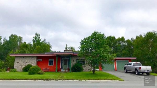 Mid-century - La Vallée-de-l'Or - Une virée en Abitibi-Témiscamingue - Amérique du Nord, Canada, Québec