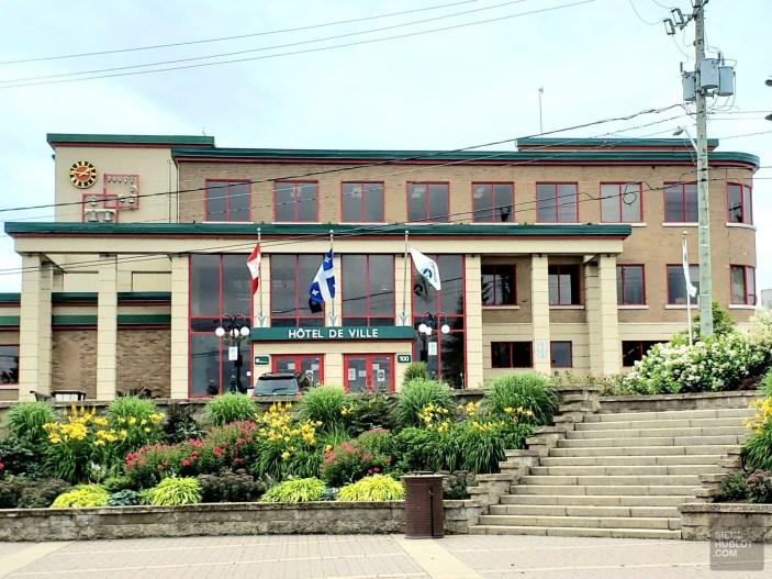 Hôtel de ville - Rouyn-Noranda - Une virée en Abitibi-Témiscamingue - Amérique du Nord, Canada, Québec