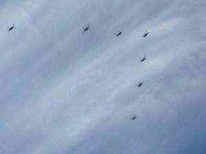 複数のヘリコプター