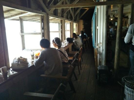 浜辺のカフェ