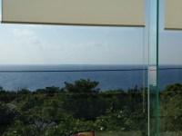 沖縄で見つけた絶景レストラン「ラ ティーラ」。美ら海水族館の近くでおすすめ