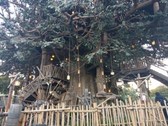 ディズニーランドのツリーハウス