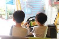 子供と久しぶりの相撲。ゲームではなく一緒に触れ合って遊ぶと本当に喜んでくれる
