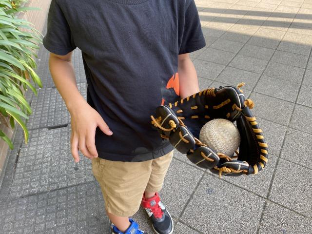 子供とキャッチボール。できる限りやっていきたい