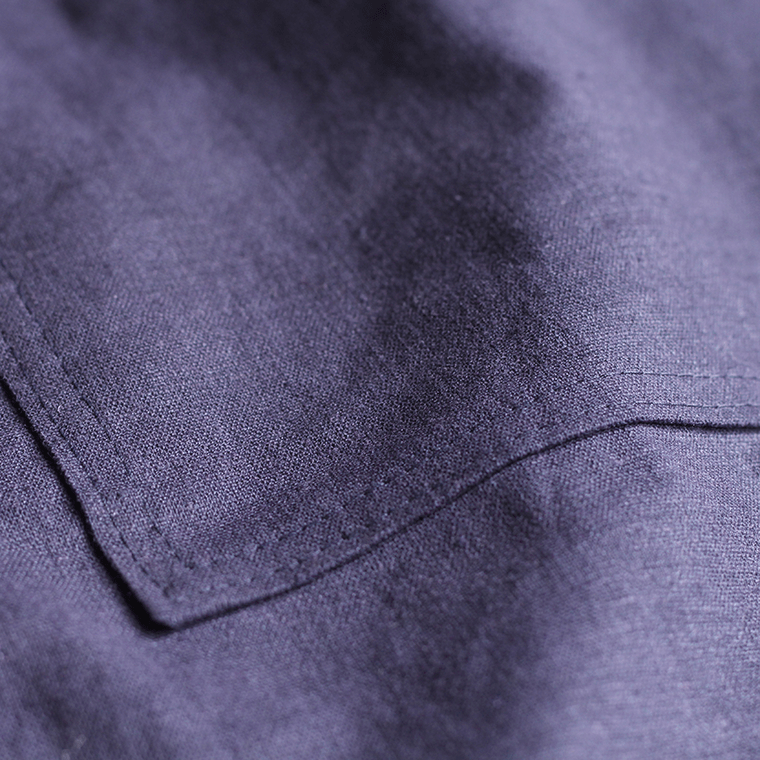 The pocket topstitching of the Cali Faye Collection Pocket skirt is a sweet detail.