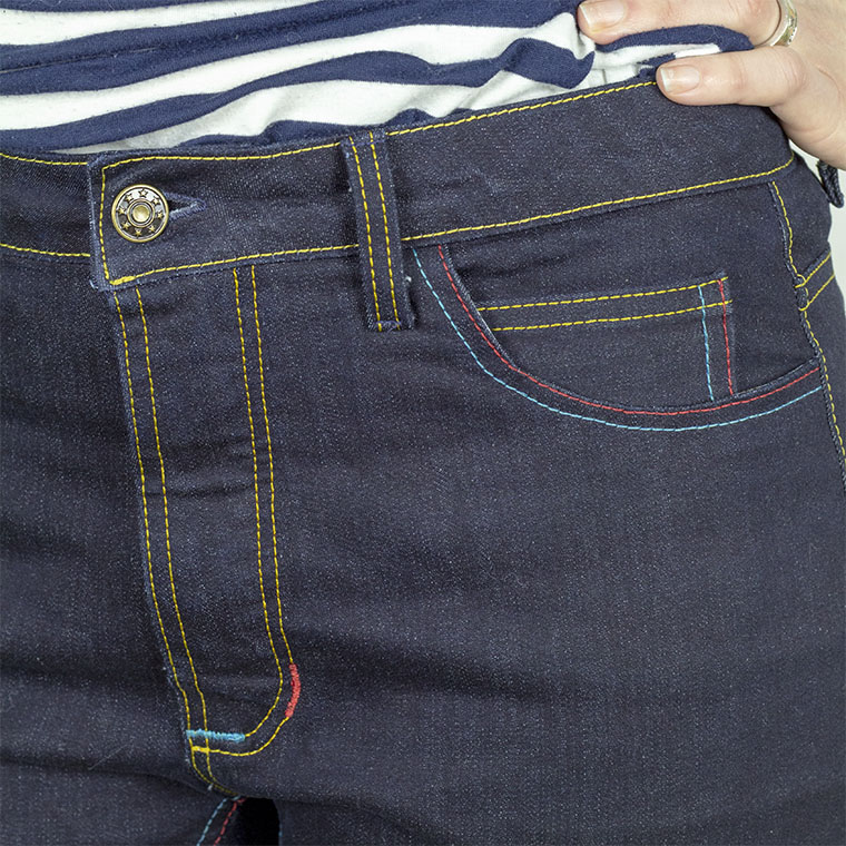I used primary colors - yellow, red, and blue - to topstitch my Ginger jeans.