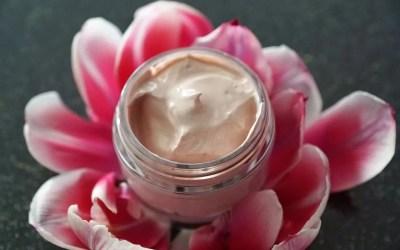 ¿Qué es una crema hidratante tintada?