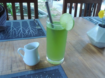 Fresh lime and mint juice at Banllé