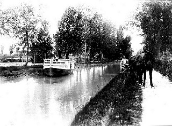 Góndola Pignatelli 1900 _ 1900. Tal vez la góndola _Sta. Cec… _ Flickr_files