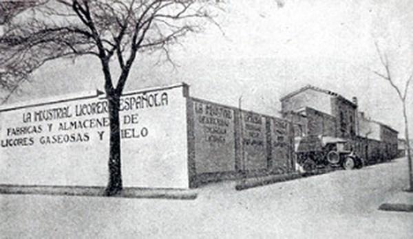 1922-Licorera