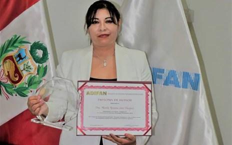 Docente UNT gana premio ADIFAN