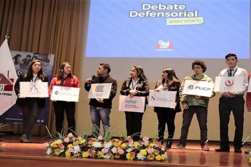 debate defensorial universitario Trujillo
