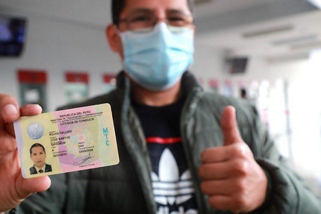 Licencia de conducir Perú