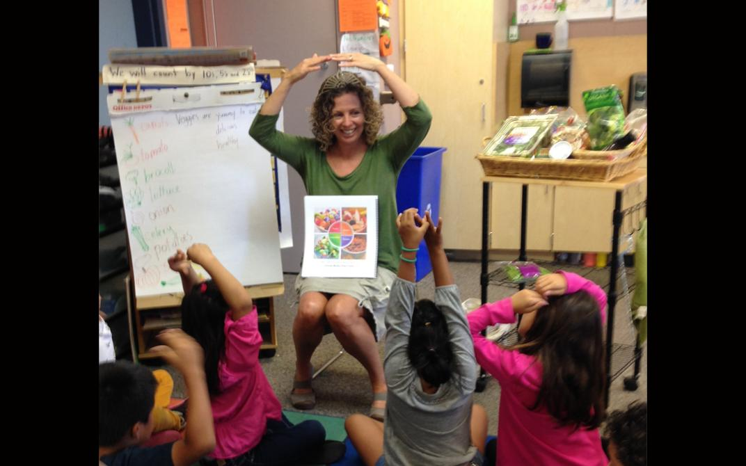 Barbara Cole Gates (Queen Bean) reads from her children's nutrition book, Eating Lean and Green With Super Foods to Save the Planet.