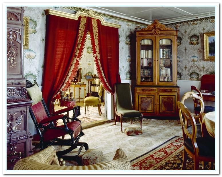 Applying Victorian Designs For Antique Kitchen