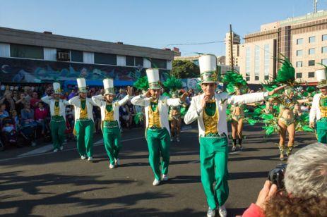 Главное шествие карнавала на Тенерифе в 2016 году — танцы во время карнавала