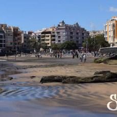 Общий вид на пляж дель Медано с другой стороны
