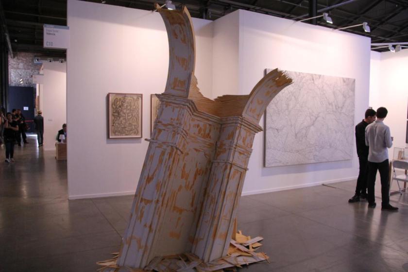 Detalle de la instalación de Fernández Alvira en Espai Tactel