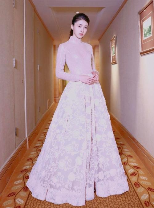 Eleanor Lee Hot girl 18 tuổi xinh như thiên thần 3
