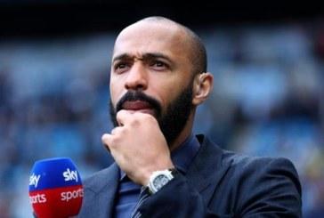 CĐV Arsenal bức xúc vì Henry không đến chia tay ông thầy Wenger
