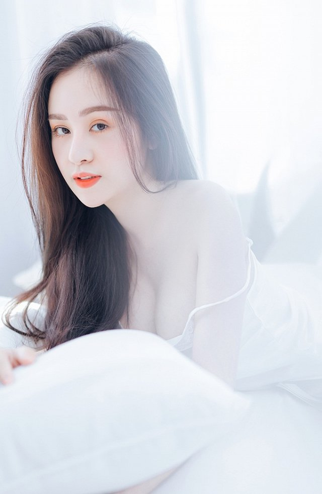 bong-mat-vi-bo-anh-day-khieu-khich-cua-hot-girl-huyen-anh (11)