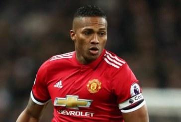 Mới nửa mùa giải đã lộ cái tên sẽ rời Man Utd vào cuối mùa