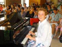pianiste heureux public