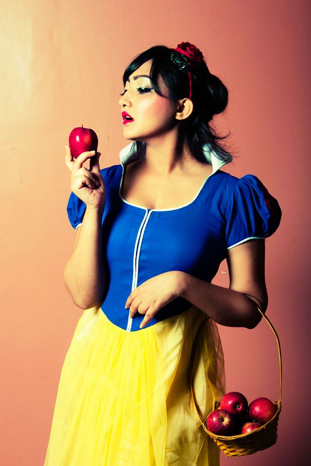 Disney princess Snow White inspired makeup and hair