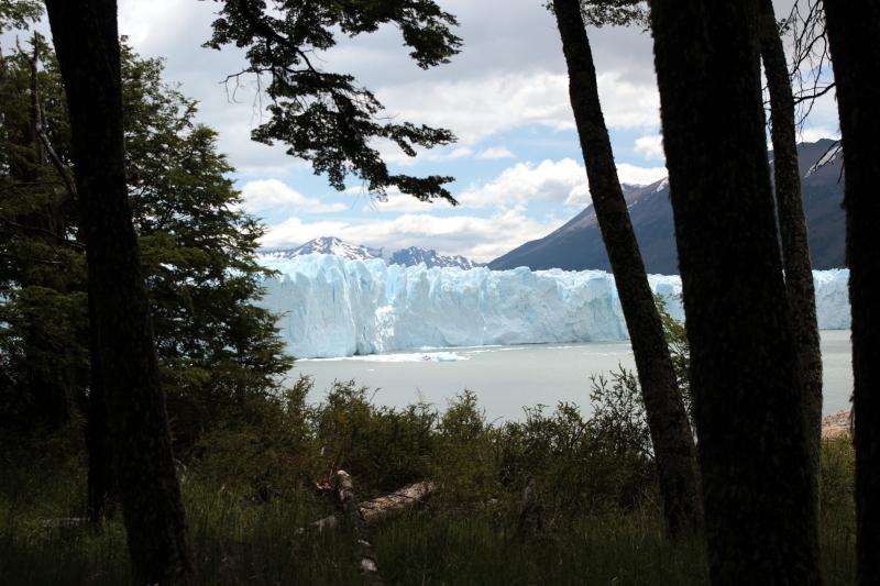 Siga na Viagem - Minitrekking sobre o Glaciar Perito Moreno - Vista do glaciar no meio da trilha