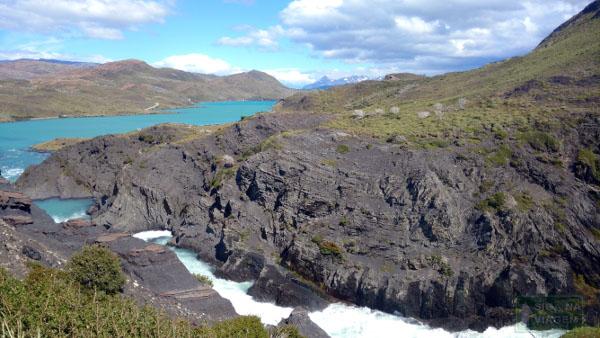 Siga na Viagem - Tour no Parque Nacional Torres Del Paine - Cachoeira Salto Grande.