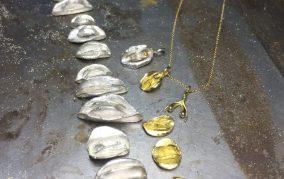 body jewel Clithanger clitoris vulva Jewelry Goldsmith Tantra Workshop