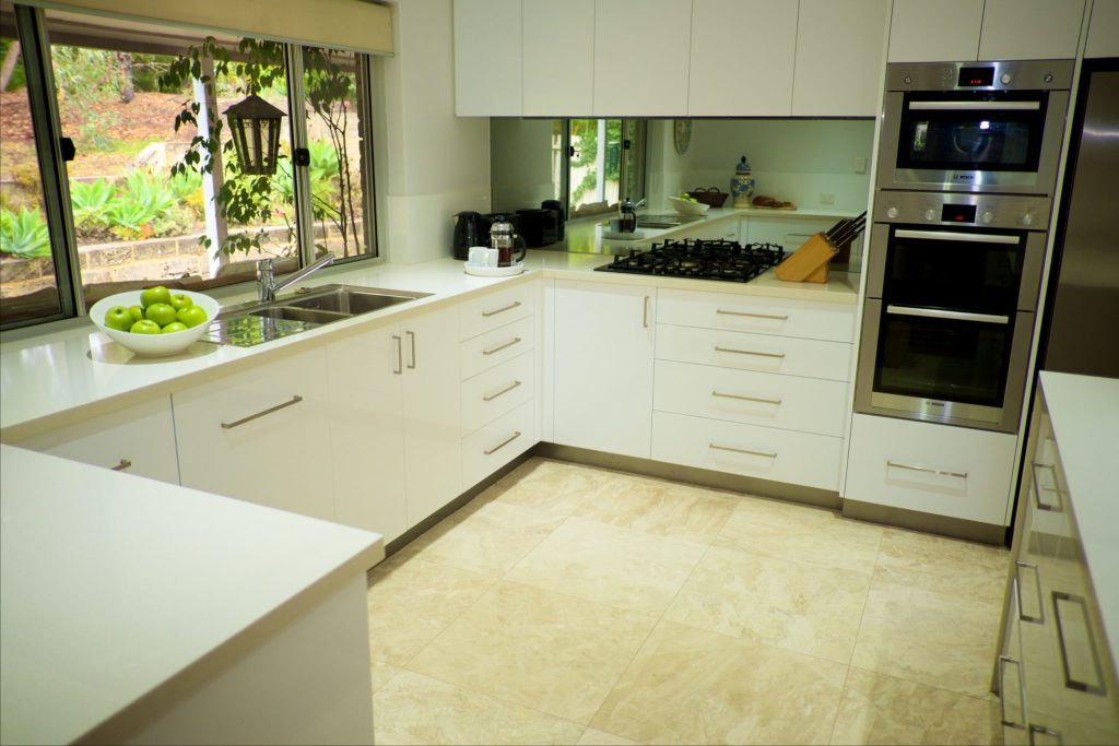 Swanbourne Colonial Bushland Retreat kitchen