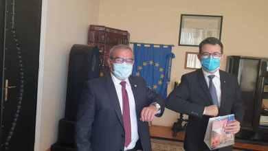 Photo of Susținere pentru Sighișoara- Proiecte prezentate la masa discuțiilor cu ambasadorul Elveției în România.