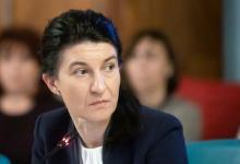 Photo of Violeta Alexandru: O să extindem plățile pentru părinții copiilor de la școlile din scenariul 2 și 3