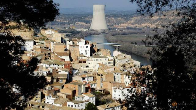Spain plans to close all nuclear plants by 2035