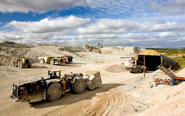 Namibia Halts Mining Operations to Curb Spread of Covid-19