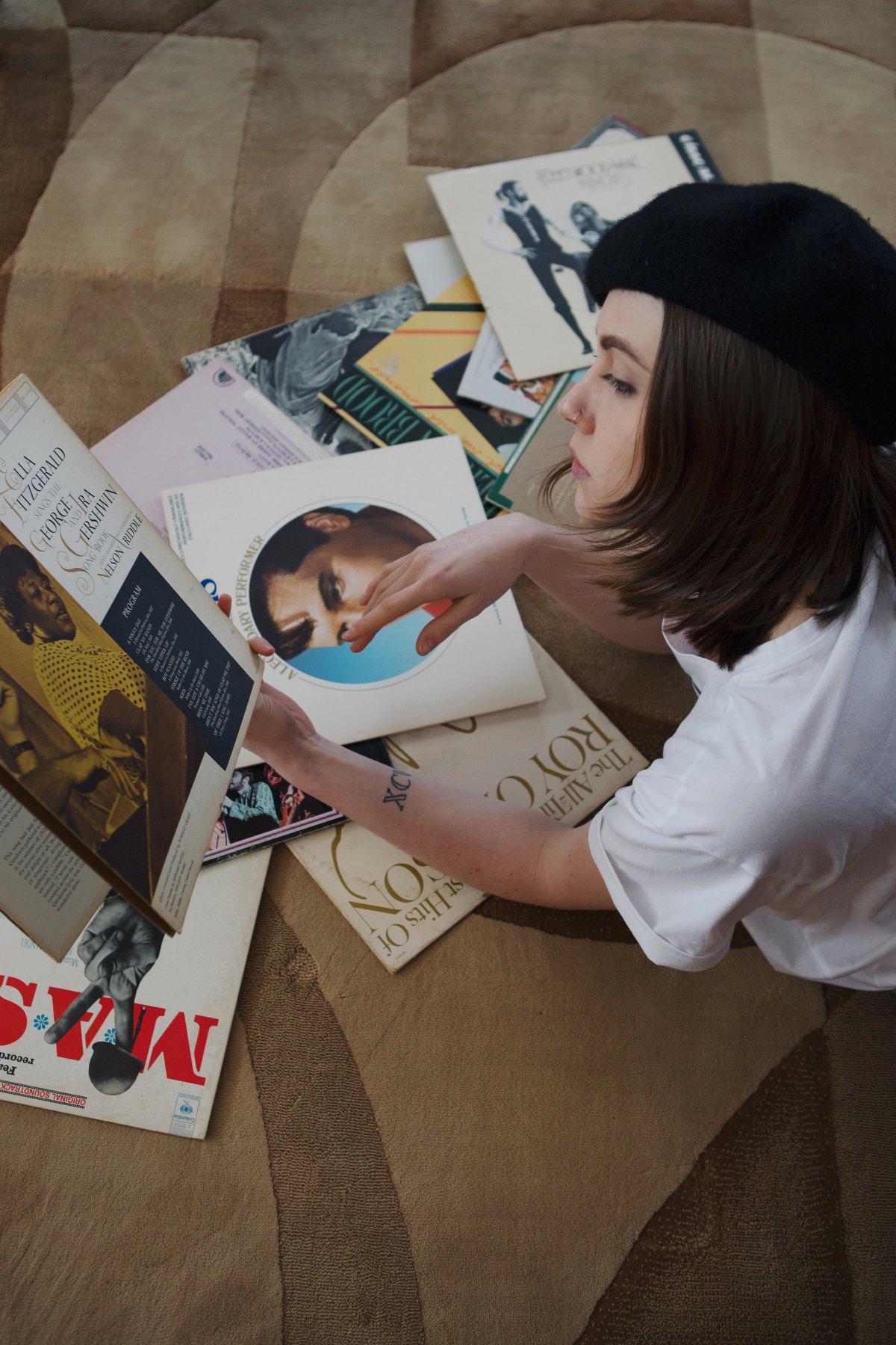 vinyl record fashion portrait eppsetin house frank lloyd wright midcentury modern