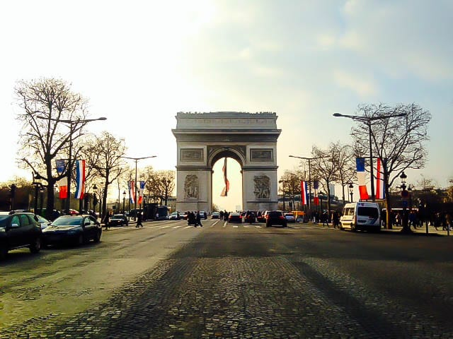 How To Do Paris On A Budget: Arc de Triumphe