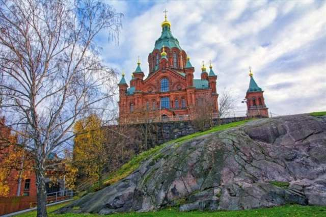 uspenski cathedral - must see sights in Helsinki