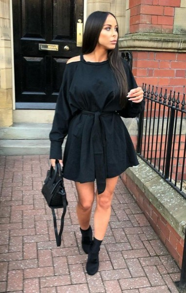 https://femmeluxebloggers.co.uk/collections/blogger-picks/products/black-cold-shoulder-cut-out-jersey-dress-laura