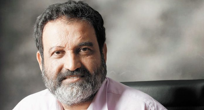 Mohandas Pai, former Infosys Director has accused WhatsApp of