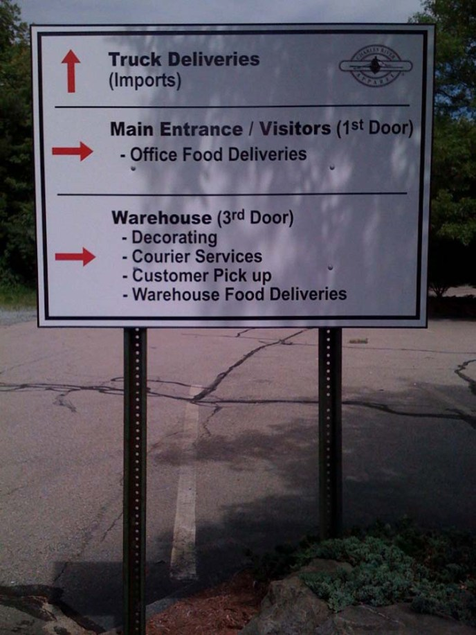 directional-parking-signs-0818-f