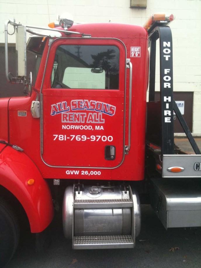 truck-graphics-0818-x