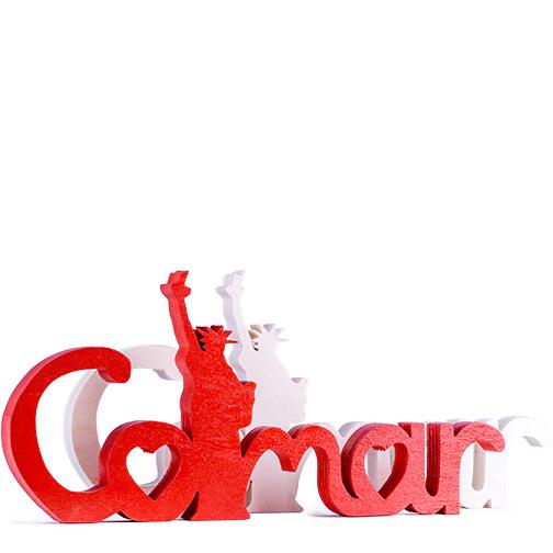 Photo du lettrage Colmar Liberty en rouge ou en blanc, une création Signatures d'Alsace