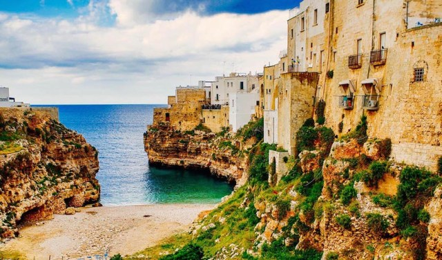 ideas, travel, lifestyle, be-inspired - 8 Breathtaking Italy Seaside Town For Your Destination Wedding Photography