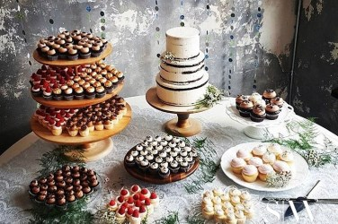 @dolcebakery Wedding Dessert Cart