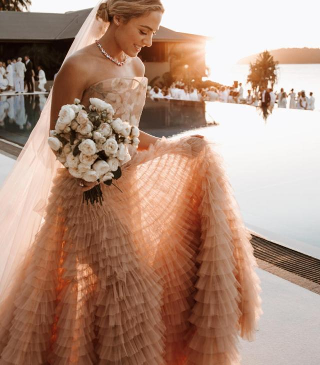 wedding, global-wedding, featured, destination-weddings - Deborah Symond Wedding at Qualia Resort is nothing short of perfection