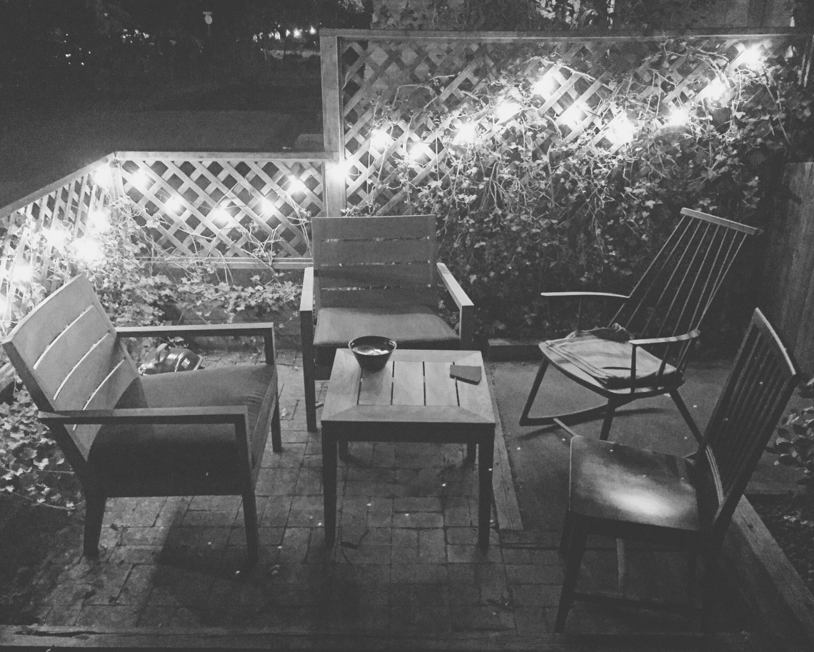a cottage patio