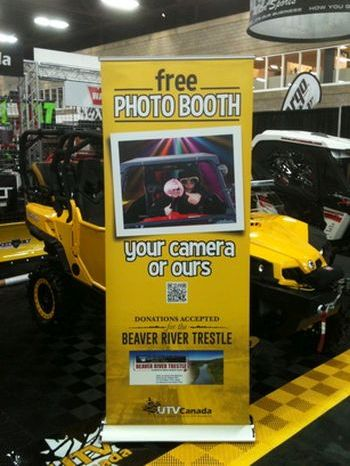Pop Up Banner Stand Signs