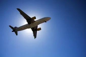 significado-sonar-viajar-avion